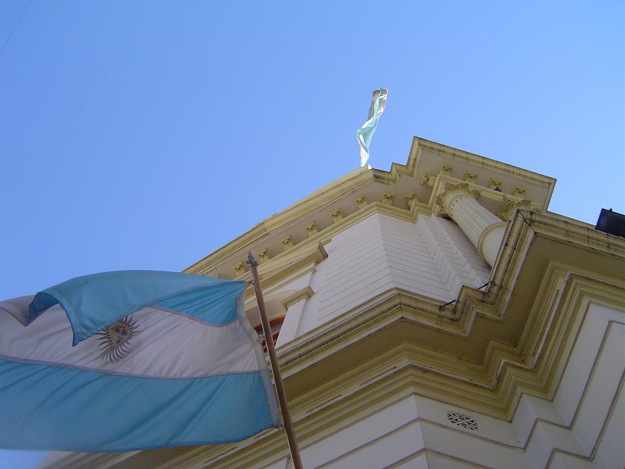 Manuel Belgrano, la bandera del Ejército de los Andes. | Ketzalli